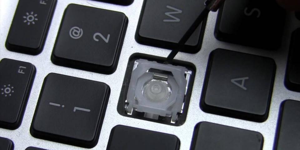 Tháo Keycap ra khỏi phím
